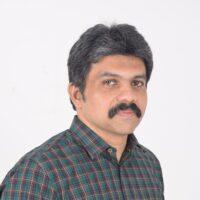 Dr. E. Pradeep-min